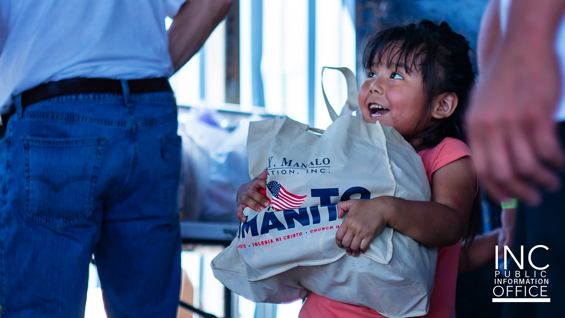 Hundreds of students living on the San Carlos Apache Reservation lined up to receive free backpacks filled with school supplies for the new school year.