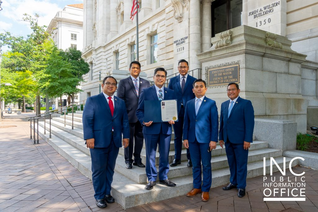 INC ministers from the Ecclesiastical District of Washington, D.C. pose for a souvenir photo in front of the Executive Office of the District of Columbia